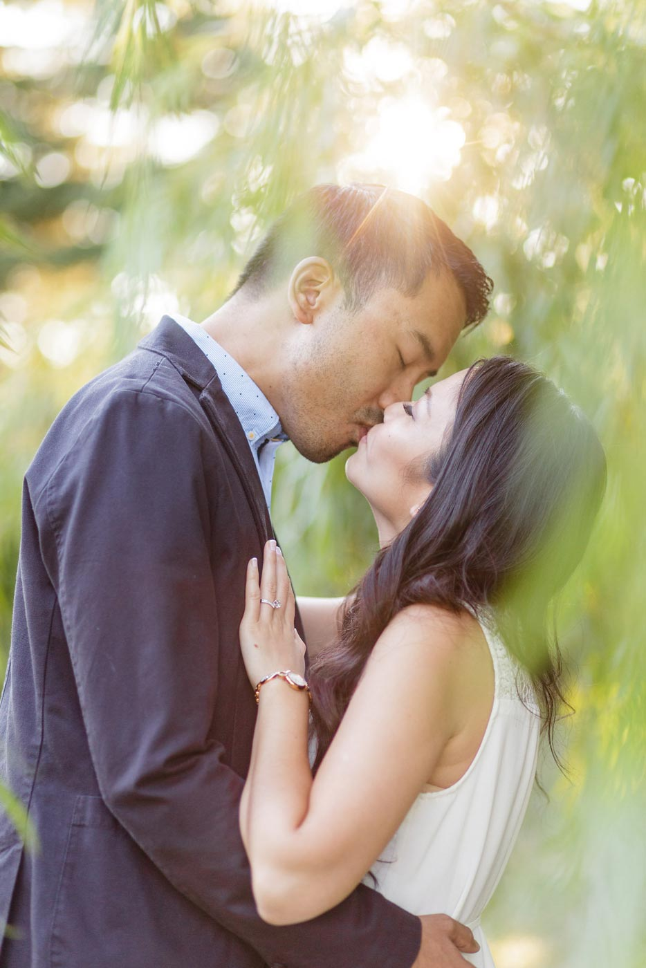 Jasmine and Carlos – A Beautiful Milliken Park Engagement
