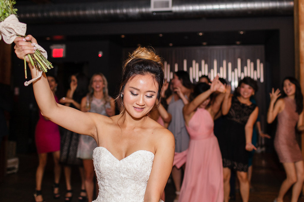 jessicahoang-nira-king-west-spoke-club-wedding-61